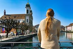 Luzern/Schweiz 21. März 2019 (karlheinz klingbeil) Tags: knitting suisse wasser fluss stricken people schweiz fashion water luzern city menschen river mode switzerland stadt kantonluzern ch