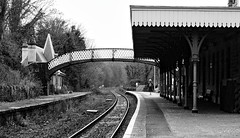 Waiting. Jan 2019 (Simon W. Photography) Tags: cromfordstation cromford railway railwaystation trainstation street candid streetphotography streetphoto streetphotographer photography streetstyle urban streetpeople solitude solitary alone lonely single solo standing blackandwhite blackwhite monochrome monotone greyscale grayscale bw bnw perspective pointofview lowpov pov depthoffield dof simonhx100v sonyhx100v hx100v sony cromfordrailwaystation networkrail eastmidlandstrains