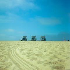 California Mood (colinpoe) Tags: horizon sand rolleiflex venicebeach mediumformat 6x6 ektar100 ektar clouds beach rolleiflexautomat tlr rolleiflexautomatk4a sky shore kodakfilm 120 lifeguardhut