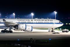 9K-GBA Kuwait - Government Airbus A340-542 (buchroeder.paul) Tags: eddl dus dusseldorf international airport germany europe ground 9kgba kuwait government airbus a340542
