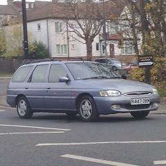 -<>- (uk_senator) Tags: 1997 ford escort mk7 estate blue