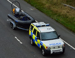 Northumbria Police - NK06 OHX (Chris' 999 Pics) Tags: northumbria police land rover discovery rpu roads policing unit marine section water safety underwater divers boats speed boat speedboat 999 112 law enforcement emergency nk06ohx