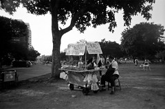 (Janeprogram) Tags: пленка 35mm bnwphotography blackandwhite filmphotography kentmere100