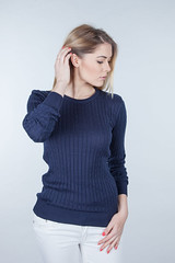 IMG_1503 (beeanddonkey) Tags: sweater fashion woman ootd beeanddonkey knitted dzianina style stylish