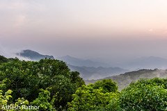 Dawn (asheshr) Tags: 18140mm asheshrathor d7200 mahendragiri nikkon nikkor nikon nikor odisha orissa dawn landscape landscapephotography sunrise beautifulsunrise beautifullandscape hills easternindia easternghats mist forest
