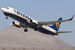 EI-ENH (GH@BHD) Tags: eienh boeing 737 738 737800 b737 b738 fr ryr ryanair aircraft aviation airliner ace gcrr arrecifeairport arrecife lanzarote