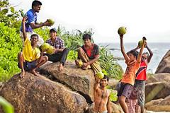What a feeling (Zoom58.9) Tags: feeling people human kids group rock plants pleasure coconuts gefühl menschen gruppe felsen pflanzen freude freundschaft friendship friends freunde kokusnüsse asia asien srilanka canon eos 50d