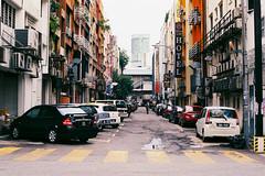 (Hem.Odd) Tags: kualalumpur malaysia fujicolorc200 street asia canonae1program fd50mmf18