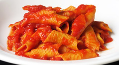 Garganelli with tomato sauce. (Alfredo Liverani) Tags: odcdailychallenge odc daily challenge appreciateodcyvonne appreciate yvonne cibo food lebensmittel aliments alimenti alimento kitchen cucina inthekitchen incucina canong5x canon g5x pointandshoot point shoot ps flickrdigital flickr digital camera cameras 0172019 project365017 project365011719 project36517jan19 oneaday photoaday pictureaday project365 project project2019 2019pad
