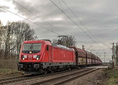 19_2019_02_06_Gelsenkirchen_Bismarck_6187_165_mit_Kokszug ➡️ Herne_Abzw_Crange (ruhrpott.sprinter) Tags: ruhrpott sprinter deutschland germany allmangne nrw ruhrgebiet gelsenkirchen lokomotive locomotives eisenbahn railroad rail zug train reisezug passenger güter cargo freight fret bismarck akiem cww db de eh erd nrail pkpc rpool 0275 0632 1202 1203 1265 1275 5370 6155 6185 6186 6187 6189 6193 9263 9425 lkw captrain dortmundereisenbahn sandzug abzwcrange dortmund bottropsüd dorsten logo natur outdoor graffiti