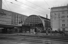 Berlin 7 (Lennart Arendes) Tags: canon eos 1n ef kodak trix 400 analog film 35mm d76 berlin alexanderplatz street station rain rainy bikes traffic