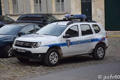 Police Municipale de Senlis (rescue3000) Tags: dacia duster municipale 60 municipal police senlis véhicule patrouille unité cynophile patrol vehicle dog unit k9 kollé voiture camion 4x4 suv emergency
