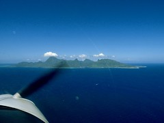 Moorea (JPL Air Born) Tags: aerien avion c3p nature paysages polynesiefrançaise ppl polynesia tahiti iles island flying voler pilot pilote aerial aerialshot moorea polynésie paysage aérien