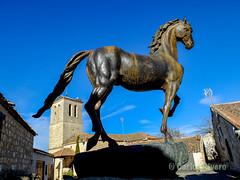 El caballo del Conde de Luis Sanguino. (Airbeluga) Tags: paisajes segovia nature naturaleza delarisca castillaleón senderismo españa sendcerrocaloco