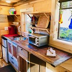 "Tiny Cabin, Gatlinburg TN <a style=""margin-left:10px; font-size:0.8em;"" href=""http://www.flickr.com/photos/132885244@N07/46520876545/"" target=""_blank"">@flickr</a>"