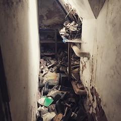 alte Arztvilla #urbex #lostplaces #verlassen #rottenplaces (cachedachs) Tags: urbex lostplaces verlassen rottenplaces
