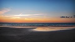 coulure de soleil éteint (.Sophie C.) Tags: erdeven 56 morbihan bretagne breizh plage plagedekeriourec mer littoral cote sable cds coucherdesoleil findejournée