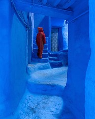 When there's so many overly photographed places in Chefchaouen, it's special when all the wandering around leads to a hidden gem. The sidelight enhanced the unreal blue shapes and hues. This city is a true living and breathing painting 🎨  (C) Joel San (Joel Santos - Photography) Tags: when there's many overly photographed places chefchaouen it's special all wandering around leads hidden gem the sidelight enhanced unreal blue shapes hues this city is true living breathing painting 🎨 c joel santos liveforthestory eosr joelsantosphoto morocco moroccotravel instatravel travelpics passportready travelbloggers traveltheworld mytravelgram travelblog instatraveling agameoftones ourplanetdaily placeswow