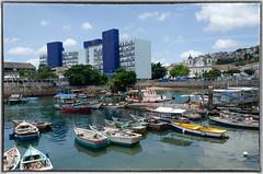 São Joaquim, Salvador, Bahia, Brasil (gabriel.gallozzi) Tags: boats bateaux barcos port porto harbour brasil brazil brésil salvador bahia