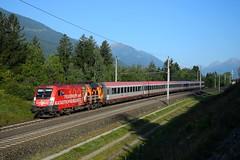 1016 048, IC 590 ( Salzburg > Klagenfurt ). Mühldorf-Möllbrücke (M. Kolenig) Tags: 1016 intercity tauernbahn wald berg baum