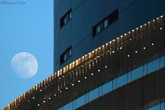 Gibbeuse (bertrand kulik) Tags: moon architecture sky ciel nature astronomy astronomie paris france lune