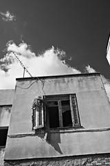 Abandoned house. (Dr_Babis) Tags: nikon d610 fx hellas greece attiki monochrome bw blackwhite nikon35105f3545afd nikon35105mmf3545afd abandoned house old