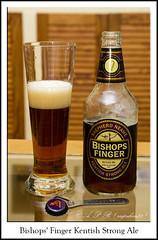 Bishops Finger Kentish Strong Ale (Agustin Peña (raspakan32) Fotero) Tags: bishopsfingerkentishstrongale bishopsfinger ale birra beer biere bierpivo cerveja cerveza cervezas garagardoa bebida bebidas edaria edariak agustin agustinpeña raspakan32 raspakan nikond nikonistas nikond7200 nikonista nikon d7200 nafarroa navarra navarre bn blancoynegro blackandwhite monocromo