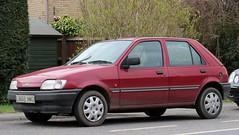 L832 XWD (2) (Nivek.Old.Gold) Tags: 1993 ford fiesta lx 5door 1299cc
