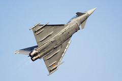 _DSC7166 (fjsmalaga) Tags: eurofighter typhoon ejercito aire armada avion reactor ngc estela rastro postcombustión llamas