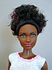 Black and beautiful (Deejay Bafaroy) Tags: barbie fashionistas mattel doll puppe portrait porträt black schwarz mtm madetomove petite 25 bluebrocade 2016