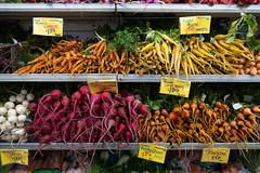 Colorful Carrots, Beets and Turnips at Berkeley Bowl West, Berkeley, California, USA (takasphoto.com) Tags: apsc cmos4 fuji fujixt3 fujifilm fujifilmxt3 mirrorless xt3 xtrans フジフィルム berkeley california unitedstatesofamerica us color colores colors beet beets carrot carrots grocery groceries store vegetable verdura verduras vegetables alameda alamedacounty bayarea eastbay northerncalifornia sanfranciscobayarea sfbayarea 1655mm f28 fujinonxf1655mmf28rlmwr xf xflens xf1655mmf28rlmwr légume vegetales овощи ירק خضار उंचः 채소 野菜