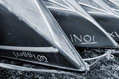 Wiggerl & Toni (tom_p) Tags: fujix70 x70 schwarzweis noiretblanc bianconero boote boot see ufer herrsching ammersee