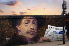 Rembrandt dos au mur (Edgard.V) Tags: paris parigi streetart pboy urban irbano miral arte callejero sunset coucher de soleil tramonto pordesol pointillisme