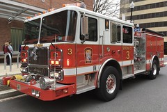 DCFD/DCFEMS Engine 3 (Corde11) Tags: dc dcfems dcfd seagrave pumper fireengine enginecompany paramedic paramedics medics medic fire firetruck firehose rescue emergency code3 led whelen street ems emt