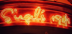 Siegel's 1941 (podolux) Tags: 2019 april2019 sony sonya7 a7 sonyilce7 ilce7 neon sign neonsign signs font fontspotting script restaurant