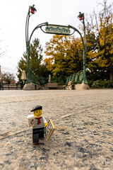 Lost in the city (Ballou34) Tags: 2018 7dmark2 7dmarkii 7d2 7dii afol ballou34 canon canon7dmarkii canon7dii eos eos7dmarkii eos7d2 eos7dii flickr lego legographer legography minifigures photography stuckinplastic toy toyphotography toys washington districtdecolombie étatsunis us stuck in plastic paris lost coffee subway station metro