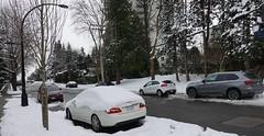 2010 Mercedes-Benz E550 (D70) Tags: burnaby britishcolumbia canada 2010 mercedesbenz e550 snow illegally parked subaru kia bmw 30 winter sardis street suv
