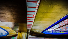 Overpass (Lea Ruiz Donoso) Tags: arquitectura edificios pasoelevado overpass puente pasarela ciudad españa spain madrid paisaje urbano metal acero luz daylight sombra reflection lineas curvas city architectural architecture learuizdonoso madriz cityscape building ventanas windows sky ángulos angles angular perspectiva creative reflejo perspective lookingup lines curve diagonal geometric abstract
