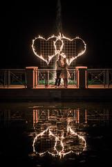 brautpaar-vor-feuerwerk (weddingraphy.de) Tags: wedding hochzeit hochzeitsreportage hochzeitsfotograf zweibrücken realwedding realweddings fotograf weddingphotography photography hochzeitsfotografzweibrücken