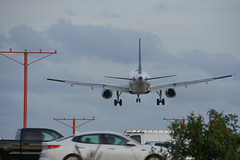 JetBlue A320 - N570JB (Sidnei Queiroz) Tags: fll kfll i95 nikon d7200 approaching 10l jetblue a320 airbus devil with blue dress landing