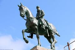 Leopold II - Oostende (B) (Rick & Bart) Tags: belgie city coast rickvink rickbart oostende monument sculpture statue bronze leopoldii king paard