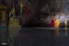 Cambogia - Kulen Mountain Pagoda (iw2ijz) Tags: asia workshop reflex nikon d500 travel trip viaggio prayer preghiera monk monaci pagoda cambodia cambogia nazionale parco park national