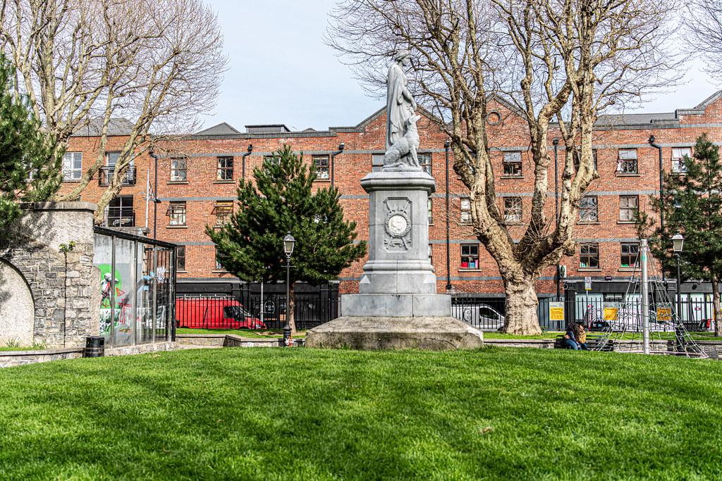 Éire 1798 Memorial St. Michan's Park [Photographed Using A Voigtlander 40mm Lens]-151581