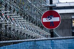 glasgow school of scaffolding (5/365) (werewegian) Tags: glasgow sign noentry werewegian jan19 schoolofart savethemac again 365the2019edition 3652019 day5365 05jan19