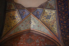 iran dec 18 (84) (gerboam) Tags: iran islamic republic december 2018 wall painting decorative figurative plants flowers birds people gold blue red
