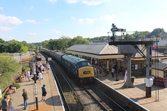 45108 (matty10120) Tags: class railway rail train travel transprot ramsbottom east lancs lancashire diesel gala 2018 45
