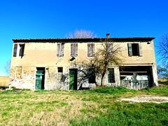 IMG_0015x (gzammarchi) Tags: italia natura pianura campagna ravenna borgomontone casa cascina