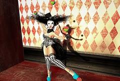 Full time job (4) (gargantuela) Tags: sn~ gargantuela avatar sl secondlife virtual circus carnival juggle showgirl entertainer