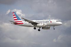 American Airlines Airbus A319 (N830AW) © (CAUT) Tags: aviation aviacion aircraftspotting planespotting spotting spotter avion aircraft airplane plane flugzeug aeropuerto airport caut 2019 nikon d610 usa kolumbien