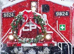 Merry Christmas (Hoist!Man) Tags: cp canadianpacific asc44cw hampshireil cpholidaytrain snow winter christmas train railroad locomotive